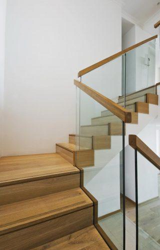 Staircase-Design-Fitting-Builder-Joiner
